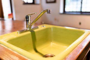 自宅で簡単!蛇口の水漏れ修理方法について